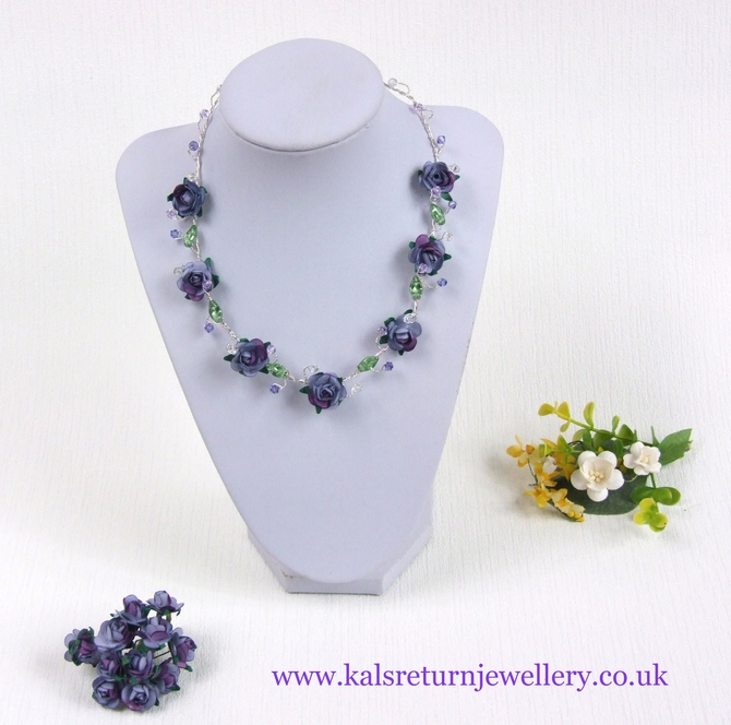 Boho bridal necklace, lilac purple flowers