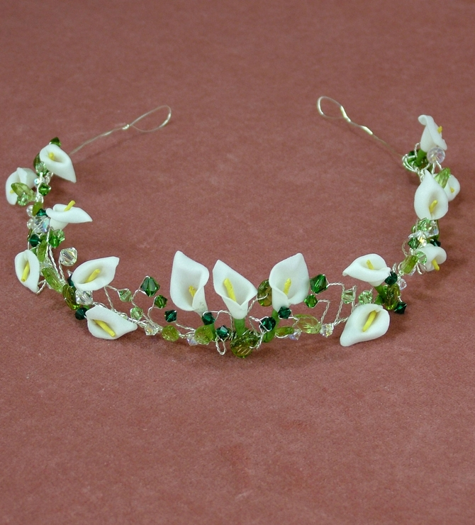 Green crystal tiara with lillies