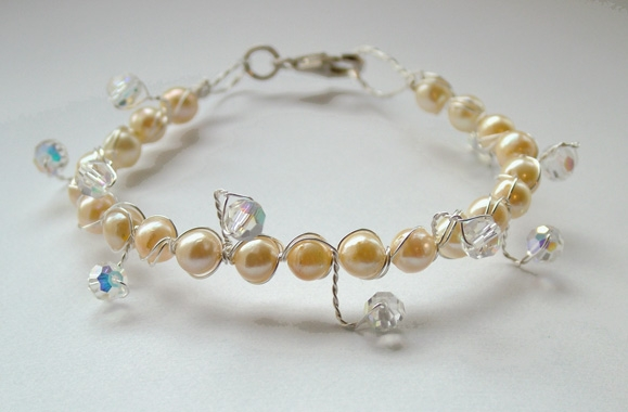 Pearl and Crystal wedding jewellery