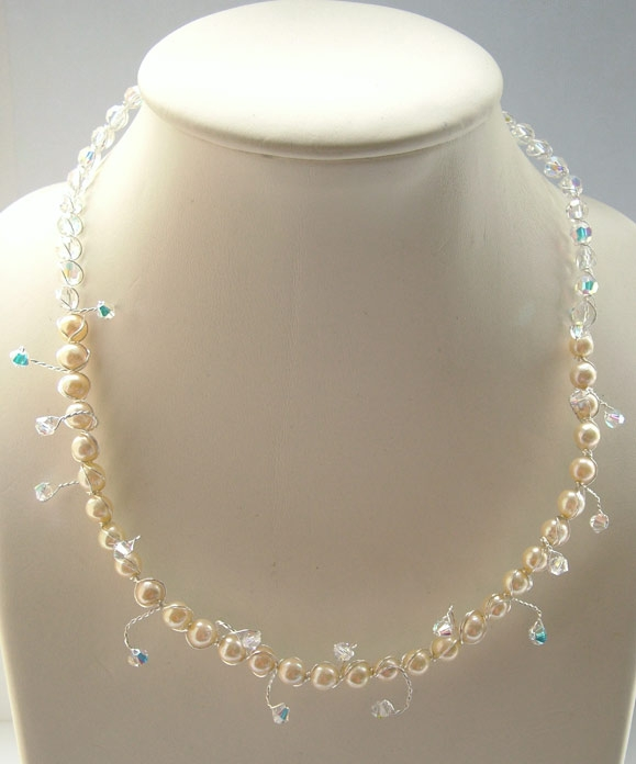 Freshwater Pearl and Swarovski Crystal Necklace
