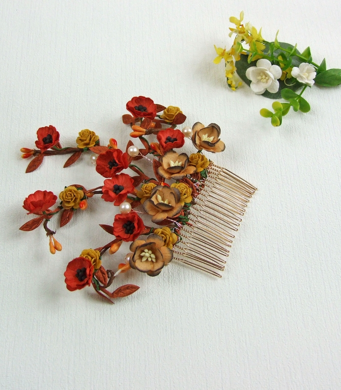 Bridal hair comb with red Poppy flowers