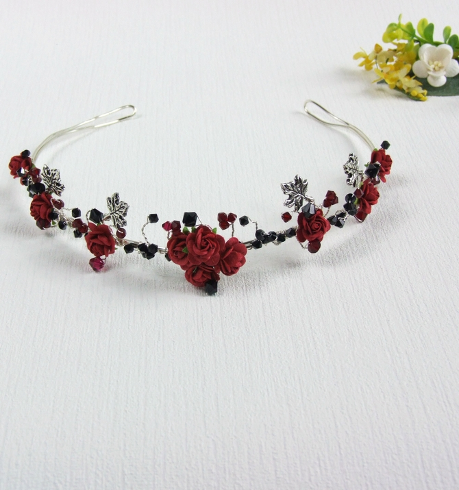 Goth tiara with red roses and black crystals