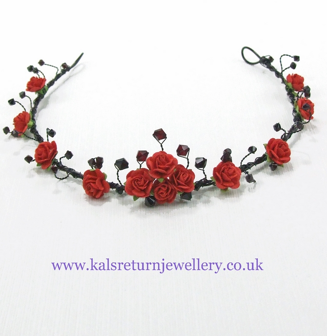 Gothic tiara on black wire with red roses