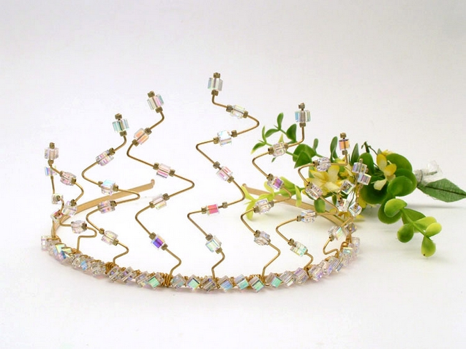 Contempory Gold wedding tiara with square Swarovski crystals.