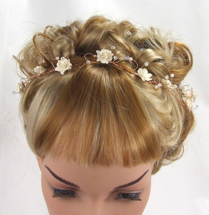Simple gold hair vine with pearls and crystals
