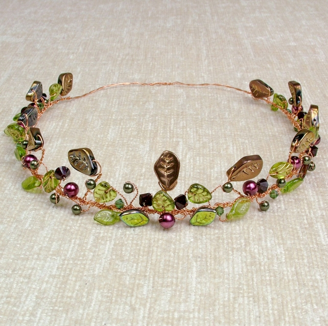 Gold wire Woodland crown, Handfasting Circlet with green leaves, red pearls, garnet Swarovski crystals